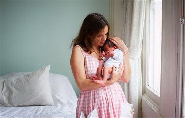 Сколько времени заживают швы после родов: особенности ухода за рубцами