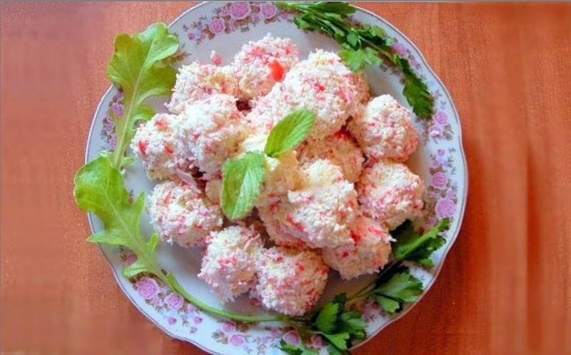 Сырные шарики с крабовыми палочками рецепт с фото