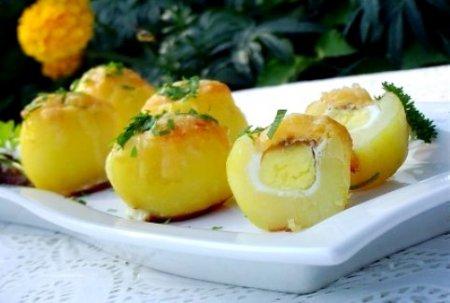 Запеченный картофель .