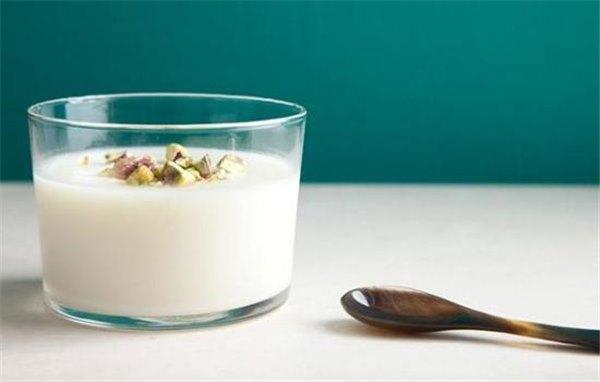 Традиционные молочные кисели – рецепты от простых до изысканных