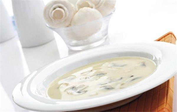 Крем-суп из шампиньонов сложное, но доступное блюдо на любой вкус