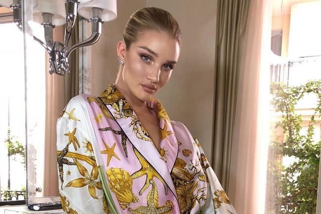 Ангел Victoria&8217;s Secret рассказала, от каких продуктов нужно отказаться, чтобы очистить кожу от акне