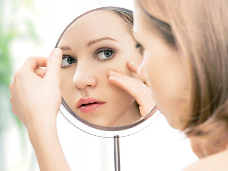 В борьбе за красоту: Развенчиваем 7 распространённых мифов об акне