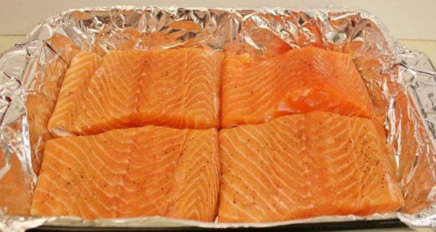 Стейк из лосося в духовке – пошаговый рецепт