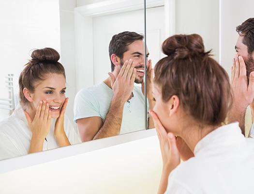 Для него и для нее: косметика, которую можно позаимствовать у мужчин