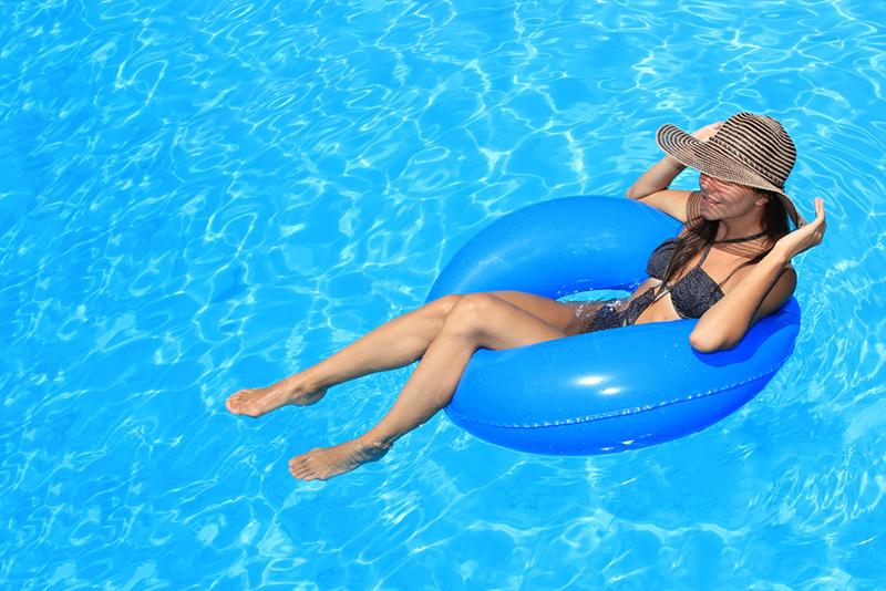 9 жутких фактов о бассейнах, которые тебе лучше не знать