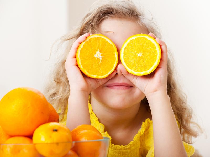 Как правильно играть с едой: узнай сама и научи ребенка