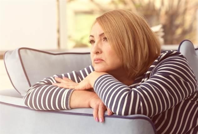 Почему нужно чаще проведывать одиноких друзей ( 8 фото )
