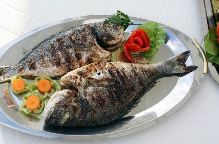 Готовим рыбу: самые полезные и самые вредные способы