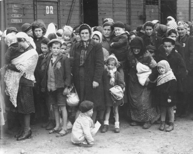 Светлый ангел из Освенцима: трагический подвиг Гизелы Перл ( 6 фото )