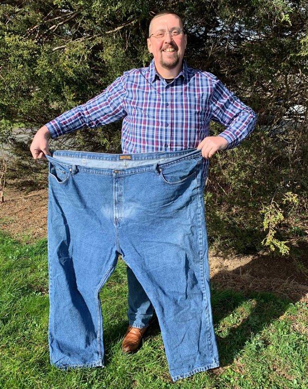 Похудел на 95 кг, стал красавцем и теперь помогает другим: история парня, которому врачи давали не больше 3 лет жизни