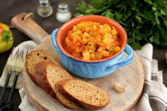 Простой рецепт икры из болгарского перца ( 1 фото )
