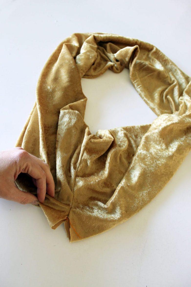 Уютный, бархатный шарф-снуд за 20 минут