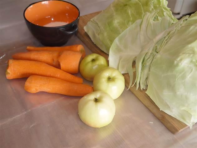 Самый вкусный рецепт квашеной капусты с яблоками. Готовлю только так много лет ( 5 фото )