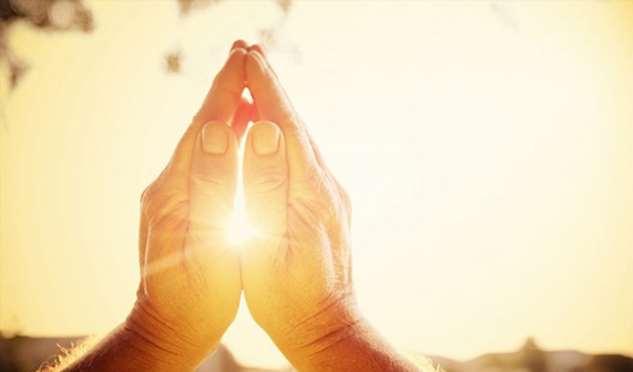 Молитва, которая поможет освободиться от долгов и принесет изобилие