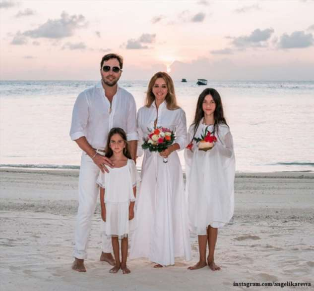 Александр Ревва  женился на Мальдивах