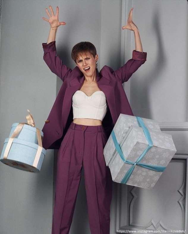 Дарья Мельникова дала зарок не покупать верхнюю одежду в течение года