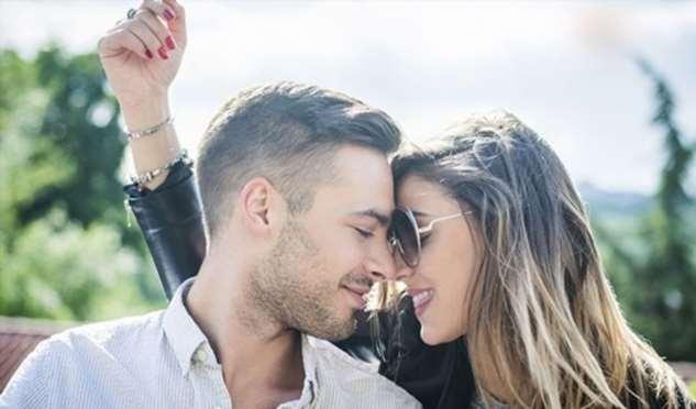 14 невербальных способов, которым мужчины говорят, что любят