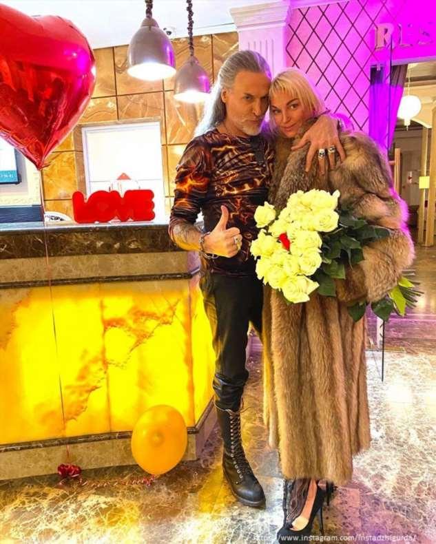 Никита Джигурда показал страстный поцелуй с Анастасией Волочковой