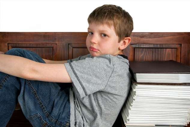 Сын в школе дал сдачи девочке и считает это нормальным — Папины гены вылазят наружу