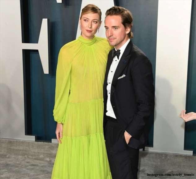 Мария Шарапова появилась на вечеринке «Оскара» в прозрачном платье в компании бойфренда