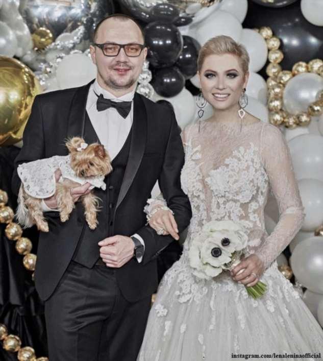 Лена Ленина с короткой стрижкой и в баснословно дорогом платье вышла замуж за повара