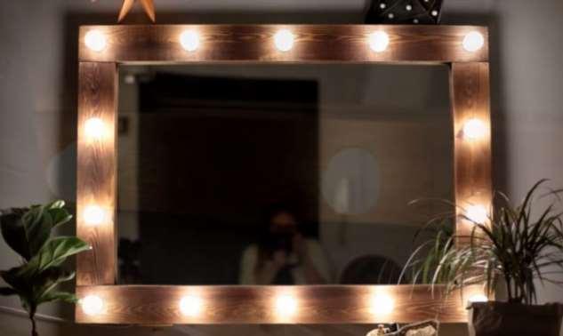 Гримерное зеркало в стиле лофт