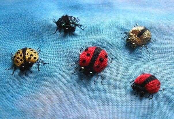Как вышить объёмных насекомых: мастер-класс