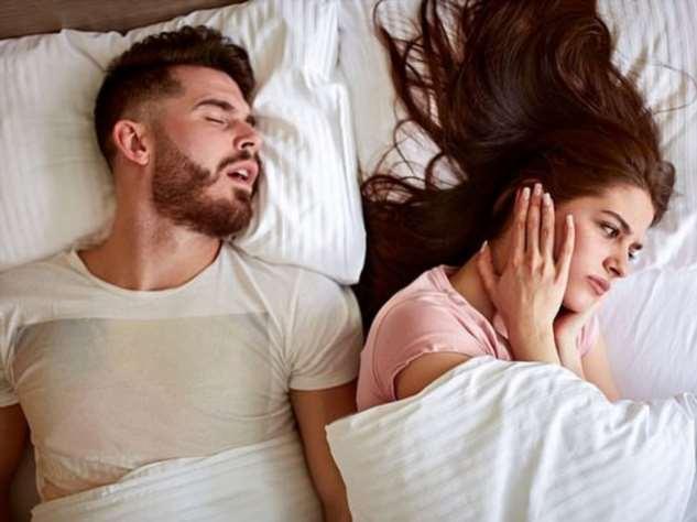 Храп супруга может довести до гипертонии