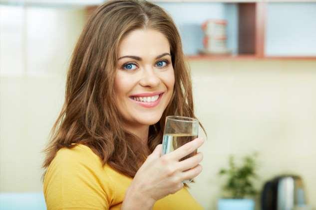 Талая, «живая» или водородная? Разоблачаем маркетинговые мифы о воде