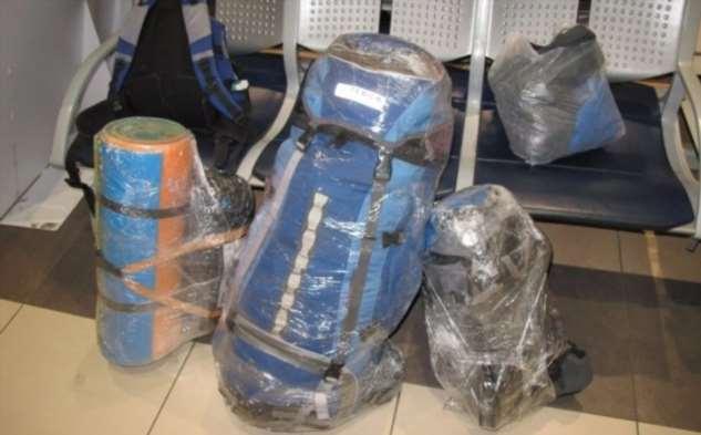 2 веские причины, почему не стоит обматывать чемодан пленкой во время поездки