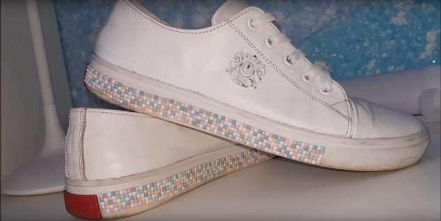 Как стразы от алмазной вышивки могут помочь вашей обуви