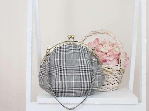 Шьем сумку с круглым пришивным фермуаром