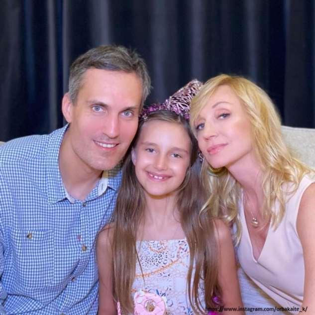 Кристина Орбакайте с 8-летней дочкой поздравили католиков с Пасхой