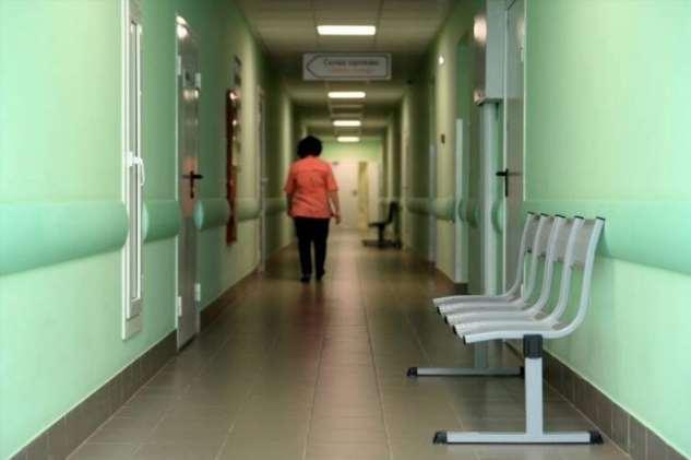 Почему закрыты поликлиники и никого не волнуют хронические болезни?