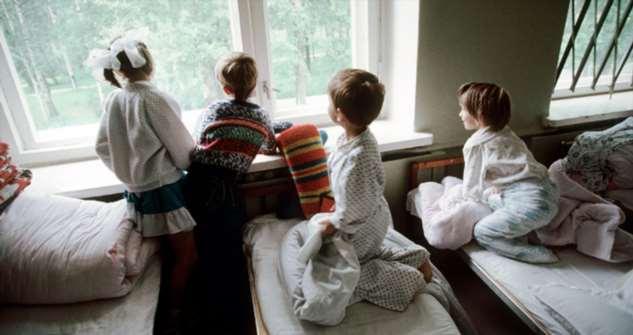 «Обычно «таких» детей домой из интернатов никто не забирает, но благодаря коронавирусу начали»