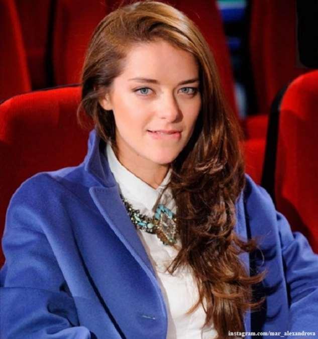Марина Александрова показала, как надо выглядеть во время самоизоляции