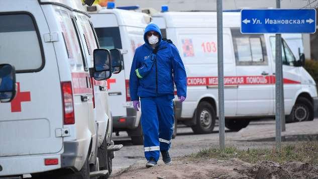 Больницы в Москве: «Если бы вы это видели, вы бы боялись дышать даже в форточку». Рассказ реаниматолога