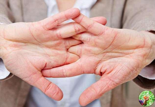 «Пальцами хрустеть нельзя» — отругал меня врач советской закалки и объяснил, чем это чревато