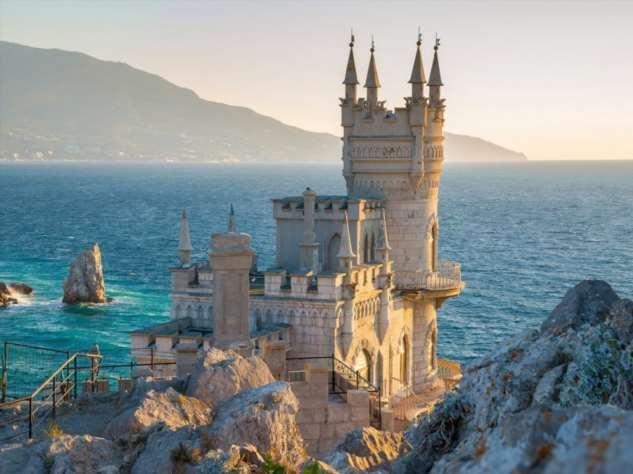 Отдохнем ли мы в Крыму нынешним летом