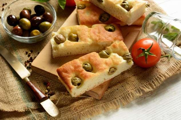 Итальянская фокачча: три лучших рецепта, которые повторит любая хозяйка