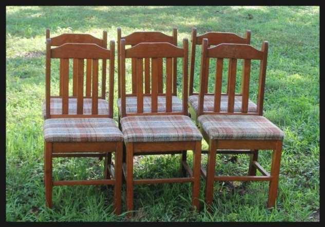 Функциональная и красивая скамья для участка из старых стульев