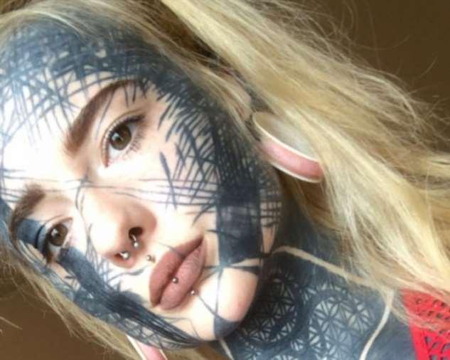 90% тела шотландской модели занимают татуировки и выглядит это устрашающе!