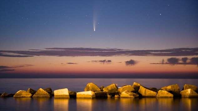Фото: комета Неовайз приближается к Земле. Следующее рандеву — через 6800 лет