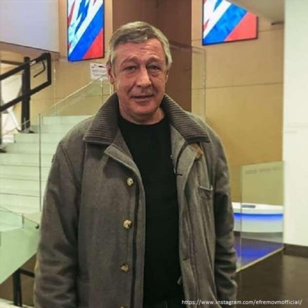 Михаил Ефремов в тяжелом состоянии находится в реанимации