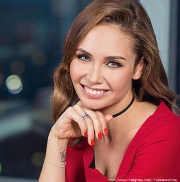 Ляйсан Утяшева рассказала об отце, который бил ее маму