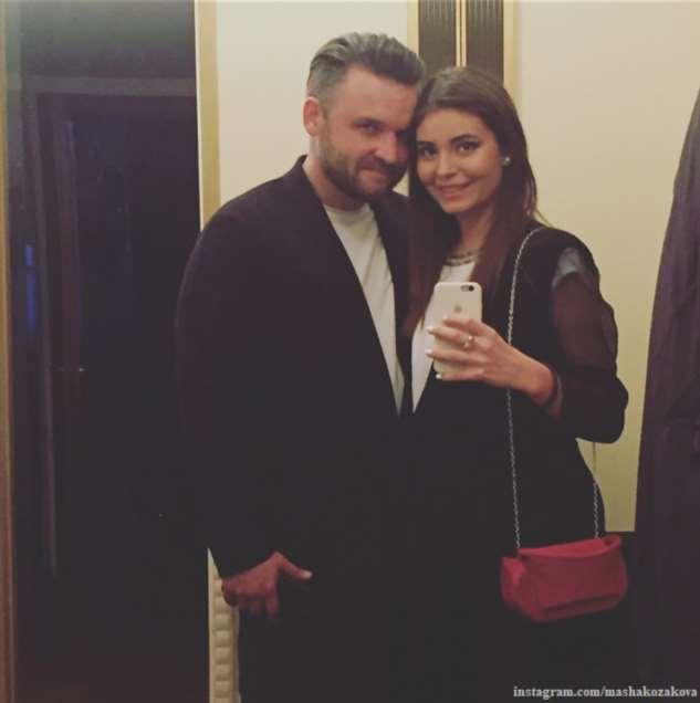 Алена Яковлева выдала единственную дочь замуж