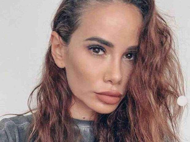 Пример Бузовой заразителен: интимное фото Айзы Анохиной должно помочь ей в карьере