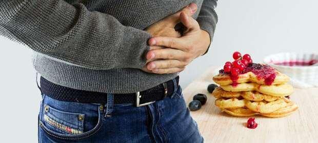 Отрыжка и боль в животе: возможные причины
