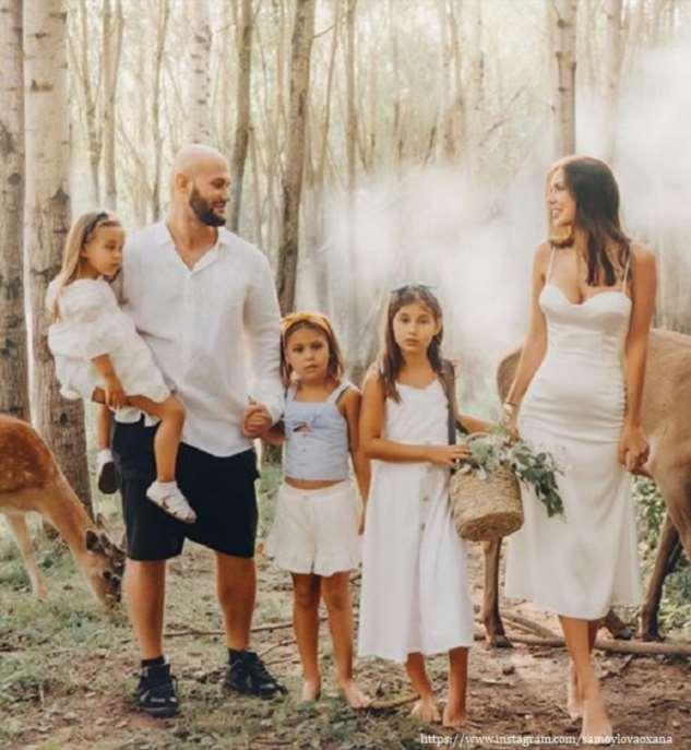Оксана Самойлова переживает за детей